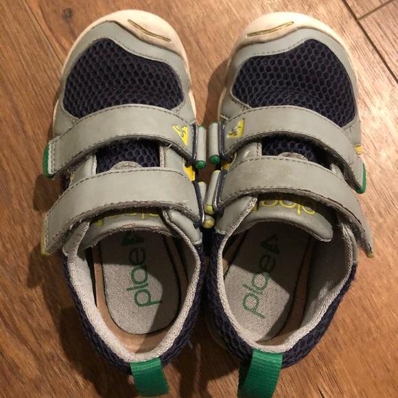 c94758168c6d ... boy sneakers shoes navy size 10. PLAE. M 5cad7f449ed36d249cea1a55.  M 5cad7f47aa7ed38d577a7658. M 5cad7f449ed36d249cea1a55   M 5cad7f47aa7ed38d577a7658